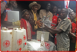 Uganda Red Cross takes relief to families affected in the Bududa landslides